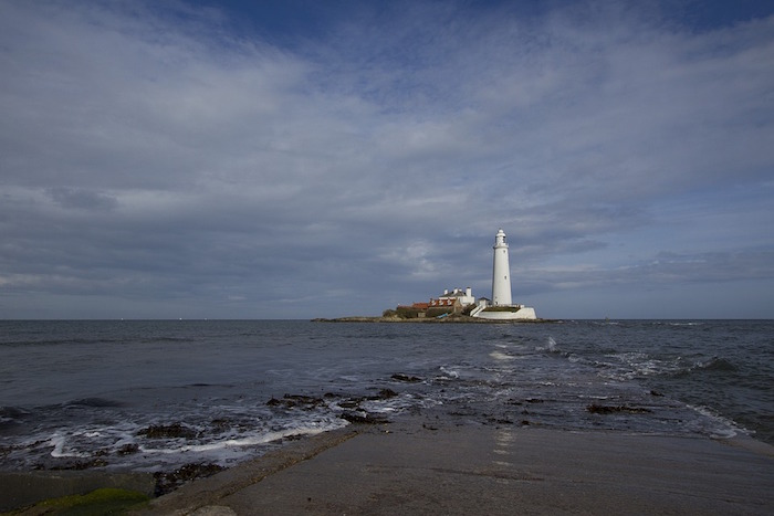 lighthouse-1065319_960_720